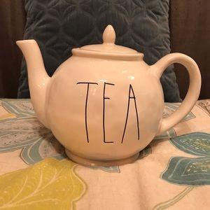 "Rae Dunn ""tea"" teapot"